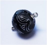 Magnetic Clasp Acrylic Black/Silver 14 mm