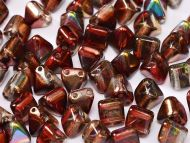 PYR6-00030/95200 Magic Raspberry Pyramid Bead Studs 6x6 mm - 50 x